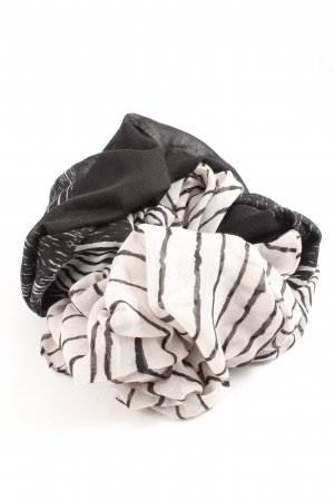Kiomi Beach Towel black-white striped pattern casual look