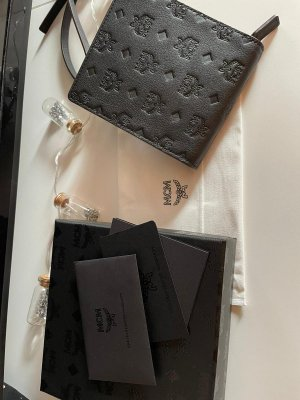 klara leather multi lanyard black