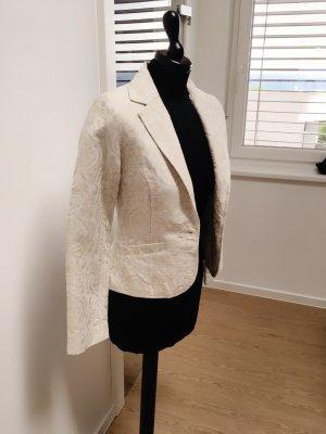 Klassisch eleganter Blazer in Wollweiß