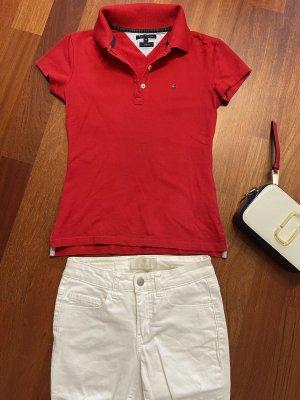 Klassisch rotes Poloshirt von Tommy Hilfiger