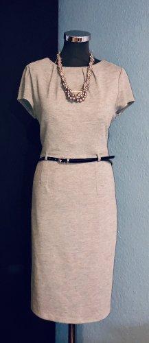 Ołówkowa sukienka szary