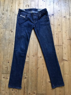 Klassische dunkelblaue Skinny Jeans von  Diesel