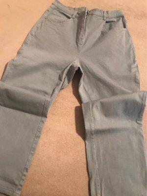 Klassische graue 3 viertel Jean hoher Schritt 27 cm
