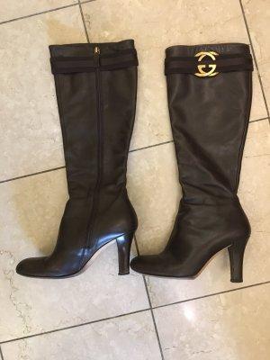 Klassische Gucci Stiefel in dunkelbraun