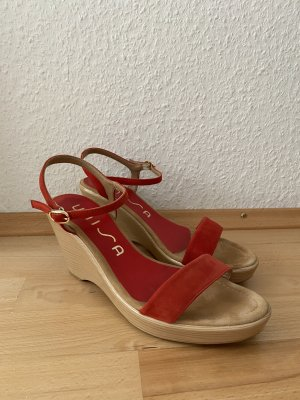 Klassische Sandaletten in schönem Rot