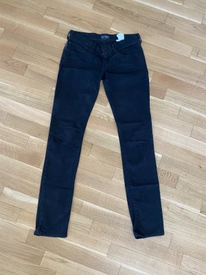 Klassische schwarze Jeans von Armani Jeans! Für Frauen mit langen Beinen!
