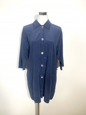 Klassische vintage Bluse aus Seide