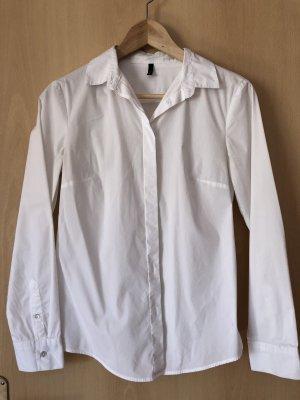 Klassische weiße Bluse von Benetton