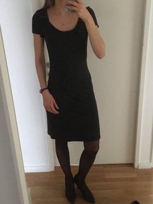 Klassisches MOP Kleid