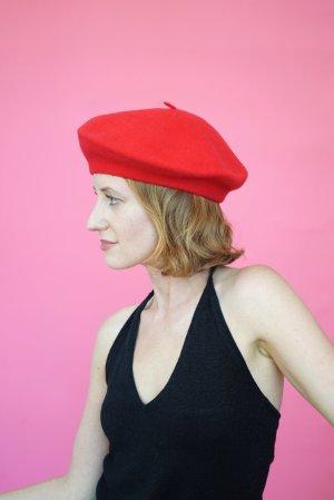 Vintage Woolen Hat red-white cotton