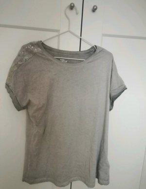 Klassisches Shirt