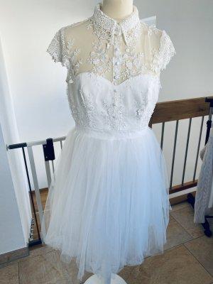 Chi Chi London Evening Dress white