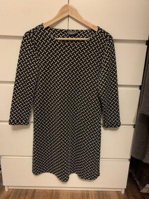 C&A Vestido de tela de jersey negro-blanco