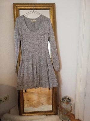 Hollister Robe en maille tricotées gris polyester