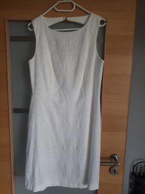Bodyflirt A-lijn jurk wolwit