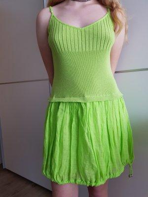 Arlette Kaballo Robe épaules nues vert gazon