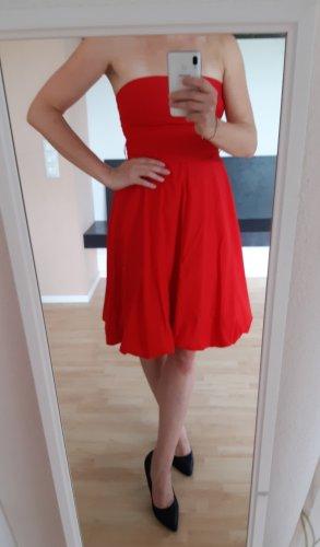 Y trend Sukienka z rękawem balonowym czerwony Bawełna