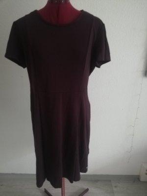 Zero Sukienka z baskinką bordo