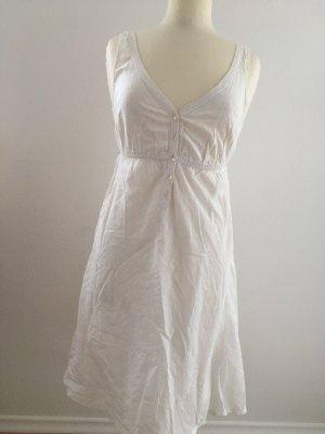 *Kleid*