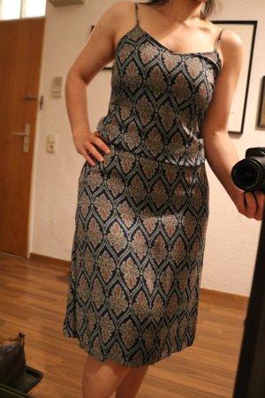 Ichi Vestido a media pierna azul oscuro-nude