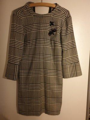 H&M Wełniana sukienka biały-czarny