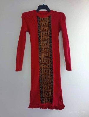 Robe pull rouge carmin