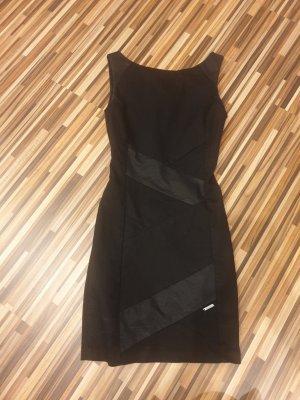 Guess Robe mi-longue noir