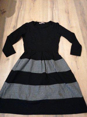 Anna Field Sukienka z krótkim rękawem biały-czarny