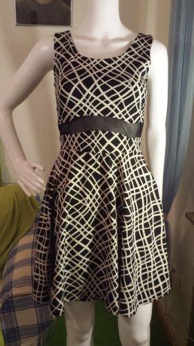 Gossip Stretch Dress white-black