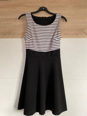 0039 Italy Vestido de chifón negro-blanco