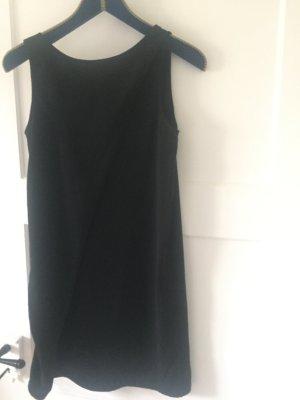 Vestido de manga corta negro