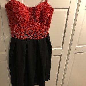 Sukienka typu babydoll czarny-czerwony