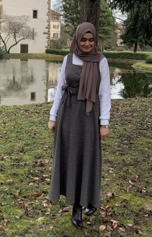 Robe en laine brun