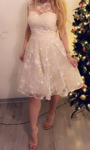 Chi Chi London Ball Dress cream