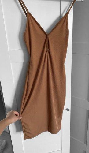 Kleid Asos Camel Braun Spaghettiträger Basic Blogger Beige