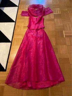 Kleid aus drei Teilen