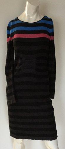Kleid aus dünnem Strick (Viskose) von Comma Gr 34