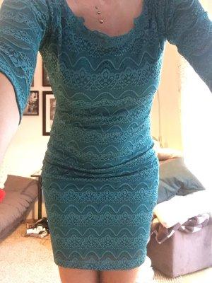 Kleid aus Spitze, italienische Mode