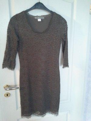 Kleid aus Spitze von ashley brooke