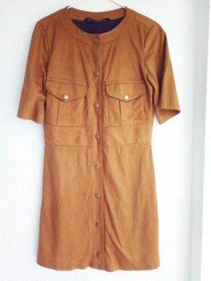 Kleid aus Wildleder