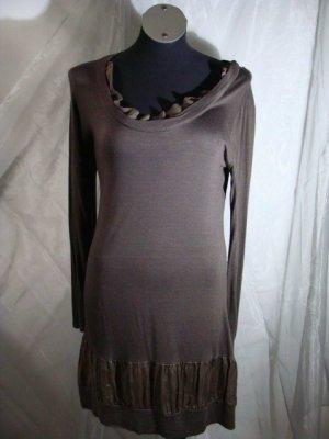 Robe en laine brun noir laine