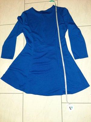 0039 Italy Sukienka o kroju litery A chabrowy
