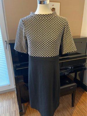 More and More Robe en laine blanc cassé-noir