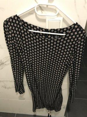 Kleid bei xs Blümchen schwarz weiß