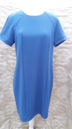 """Kleid Benetton 38 Euro NEU! Marke """"United colors of Benetton"""" Ein Kleid für einen glamourösen Auftritt! - Farbe Helblau -kurze Ärmel - mit Rundhalsausschnitt 95% Polyester 5% Elastan Maschinenwäsche bei 40°C, Hergestellt in Italien"""