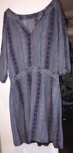 Kleid; blau