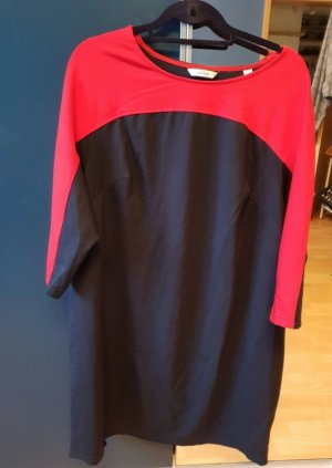 Kleid blau rot