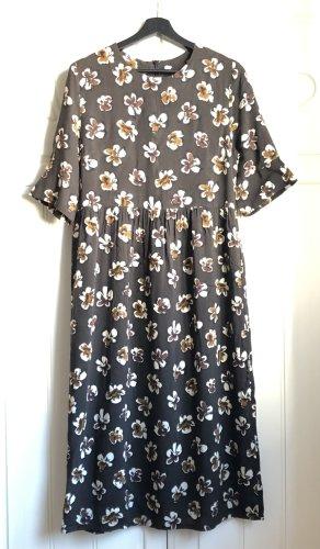 Kleid Blumen Gr. 38