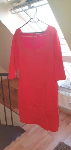 Kleid Boden