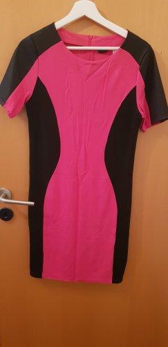 Bodyflirt T-shirt jurk zwart-roze